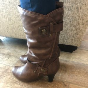 Women's Size 10M A.N.A Boots